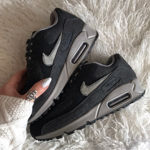Nike Shoes - NWT Nike Air Max 90 special edition